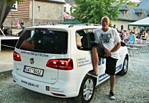 Zpěvák Honza Vančura a jeho první zkušenosti s CNG vozem
